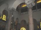 Bazilikā ir saglabājušās divas V gadsimta kolonnas 9