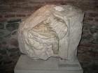 IV gadsimta skulptūras daļa 15