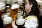 16 dienās tiks izdzerti 6,6 miljoni alus kausu un noēsti 104 vērši. Foto: Focus.de un Deutschland-tourismus.de 5