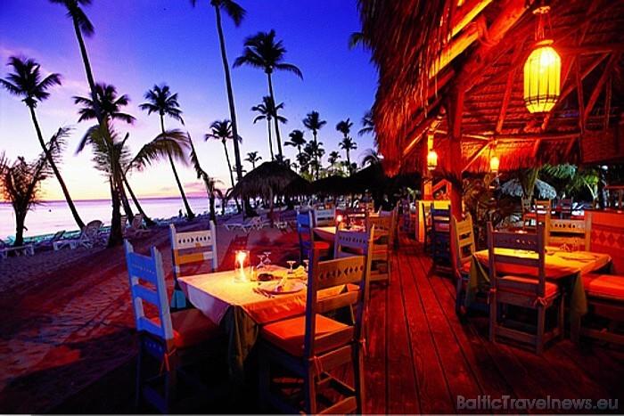 Dominikānas Republikas ir otra lielākā Karību reģiona valsts un tā atrodas uz salas starp Karību jūru un Atlantijas okeānu  Foto: GoDominicanRepublic