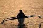 Vizināšanās filipīniešu laiviņā Foto: Irīna Klapere, Relaks Tūre 12
