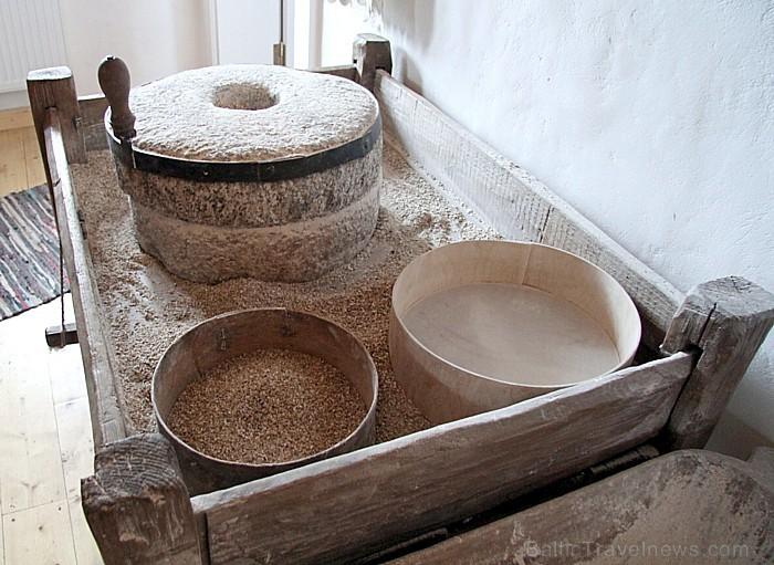 Senie graudu malšanas un sijāšanas darbarīki