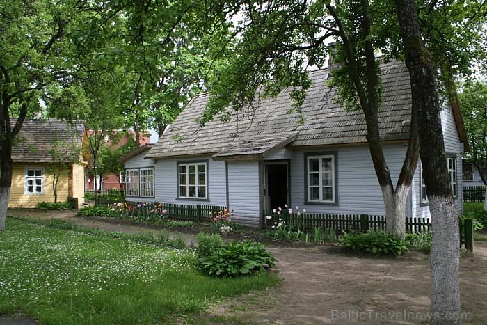 Savās tēva mājās mākslinieks dzīvoja 1896.-1910. gadā
