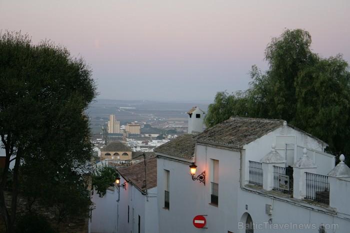 Osuna - ir viena no brīnišķīgākajām Spānijas vietām, kurā līdz mūsu dienām ir saglabājies viduslaiku pilsētas centrs