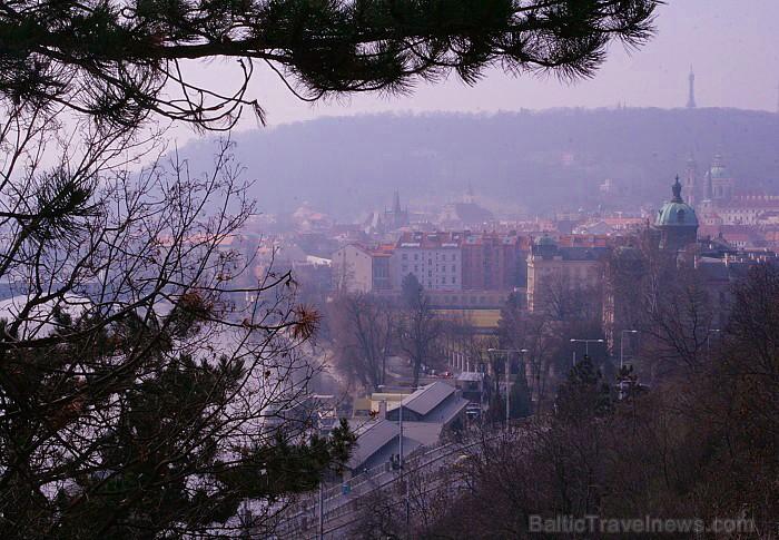 Prāga mēdz dēvēt par Maģisko pilsētu!Bagāta ar gleznainiem arhitektūras pieminekļiem, kultūras centru un vijošām bruģētām ielām -  www.czechairlines.l 73482