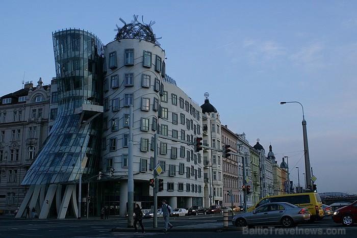 Prāga mēdz dēvēt par Maģisko pilsētu!Bagāta ar gleznainiem arhitektūras pieminekļiem, kultūras centru un vijošām bruģētām ielām -  www.czechairlines.l 73507