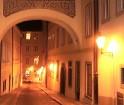 Torņainā, zelta  vai maģiskā Prāga. Tie ir tikai daži saukļi kā mēdz dēvēt gleznaino pilsētu.Vairākums  to ir atzinuši kā Eiropas sirdi -  www.czechai 11