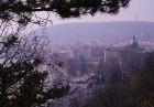 Prāga mēdz dēvēt par Maģisko pilsētu!Bagāta ar gleznainiem arhitektūras pieminekļiem, kultūras centru un vijošām bruģētām ielām -  www.czechairlines.l 21
