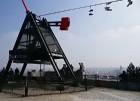 Prāgas metranoms ar brīnisķigu skatu uz Vltavas upi. Tika celts 1991.gadā pēc Josifa Staļina pieminekļa nojaukšanas -  www.czechairlines.lv 27