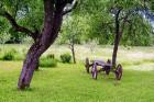 Lauku sētā apskatāmi arī dažādi saimnieku sarūpēti aksesuāri 9