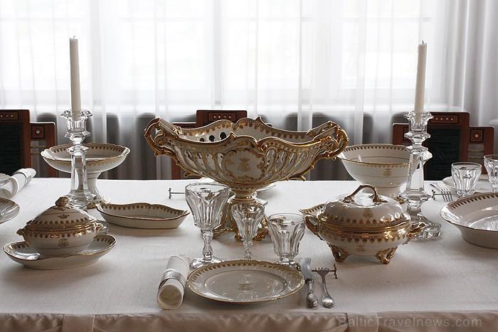 H. Frenkeļa villai raksturīgs dekoratīvisms