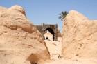Vēja darinātās smilšu klintis Dbebcha ciemā (Tunisijā) 4