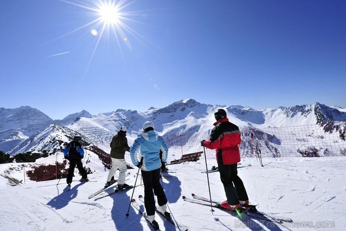 Lihtenšteina ir mazākā, bet bagātākā vāciski runājošā valsts pasaulē un vienīgā Alpu valsts, kuras teritorija pilnībā atrodas Alpos. Foto: Liechtenste 86515