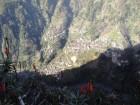 Pa ceļam uz Eira do Serrado. Ciematiņi kalna nogāzē...  www.remirotravel.lv 4