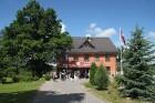 Viesu nams «Pūteļkrogs», kas atrodas Jelgavas novada Zaļenieku pagastā (apmēram 3 km no Tērvetes) 2
