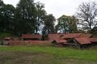 Birži atrodas Lietuvas ziemeļos, netālu no Bauskas, Skaistkalnes un Neretas. Tā ir ideāla vieta vienas dienas izbraucienam, tajā ir dažādi apskates ob 13