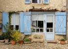 Brīnumains viduslaiku ciems Charroux gaida ciemos romantikas mīlētājus www.charroux.com 25