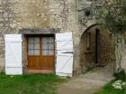 Brīnumains viduslaiku ciems Charroux gaida ciemos romantikas mīlētājus www.charroux.com 35