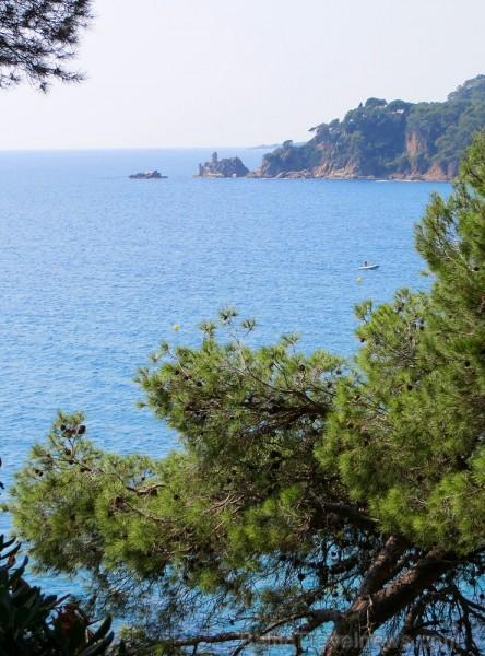 Svētās Klotildes dārzi Katalonijā apbur un vieno ar dabu www.lloretdemar.org 149940
