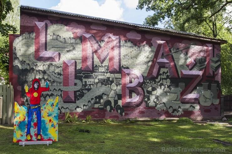 Ar krāšņu un daudzveidīgu svētku programmu Limbaži atzīmē 793. jubileju