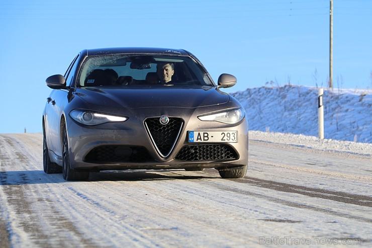 Travelnews.lv redakcija 3 dienas apceļo Vidzemi ar jauno Alfa Romeo Giulia 2.2 180 MJet AT Super