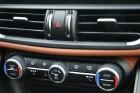 Travelnews.lv redakcija 3 dienas apceļo Vidzemi ar jauno Alfa Romeo Giulia 2.2 180 MJet AT Super 16