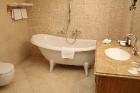 Travelnews.lv izbauda Vecrīgas 4 zvaigžņu viesnīcas «SemaraH Hotel Metropole» viesmīlību 18