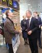 Starptautiskā lidosta «Rīga» sagaida 19.04.2017 pasažieri no Zviedrijas ar numuru 60 000 000 9