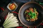 «Tallink» atklāj tajiešu restorānu «NOK NOK» Tallinas vecpilsētā 19
