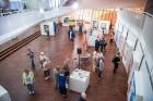 Liepājas koncertzālē «Lielais dzintars» atklāta latviešu gleznotājas Džemmas Skulmes personālizstāde «Krāsas garša» 12