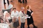 Liepājas koncertzālē «Lielais dzintars» atklāta latviešu gleznotājas Džemmas Skulmes personālizstāde «Krāsas garša» 13