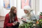 Liepājas koncertzālē «Lielais dzintars» atklāta latviešu gleznotājas Džemmas Skulmes personālizstāde «Krāsas garša» 37