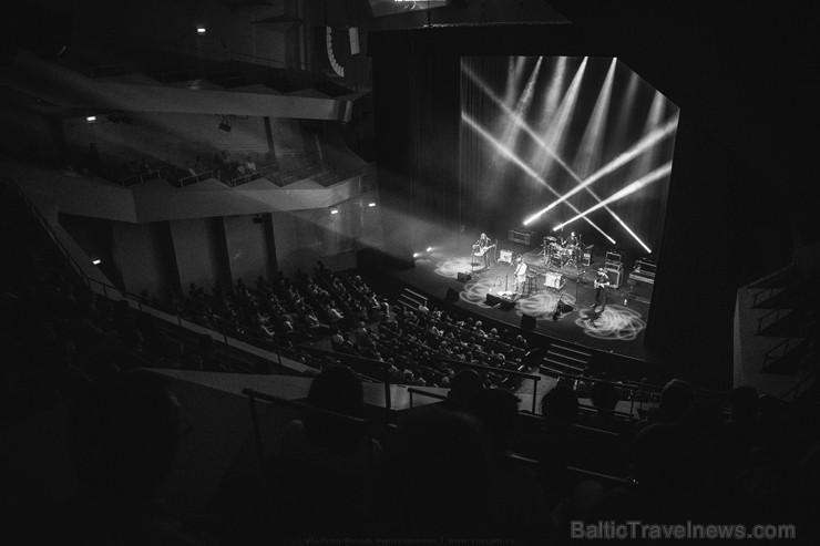 Liepājas koncertzālē «Lielais dzintars» spīd Āfrikas blūza dārgakmens Rolands Čakonte