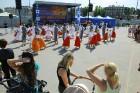 Ar ziepju burbuļu salūtu Rīgā atklāj Centra sporta kvartāla rotaļu laukumu 3