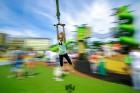 Ar ziepju burbuļu salūtu Rīgā atklāj Centra sporta kvartāla rotaļu laukumu 22