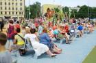 Ar ziepju burbuļu salūtu Rīgā atklāj Centra sporta kvartāla rotaļu laukumu 26