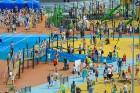 Ar ziepju burbuļu salūtu Rīgā atklāj Centra sporta kvartāla rotaļu laukumu 29