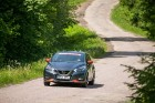 Konkursā «Latvijas Gada auto 2018» noritējis pirmais testa brauciens 12