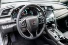 Konkursā «Latvijas Gada auto 2018» noritējis pirmais testa brauciens 20