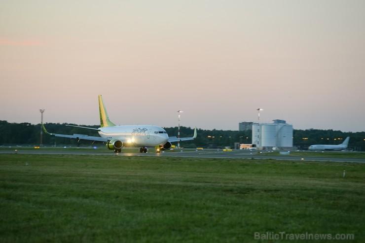 Lidosta «Rīga» un «Airbaltic» medijiem atrāda savu infrastruktūru un gaisa floti