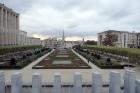 Kurš gan nav, vismaz bildēs redzējis šo parku - Mont des Arts. 26