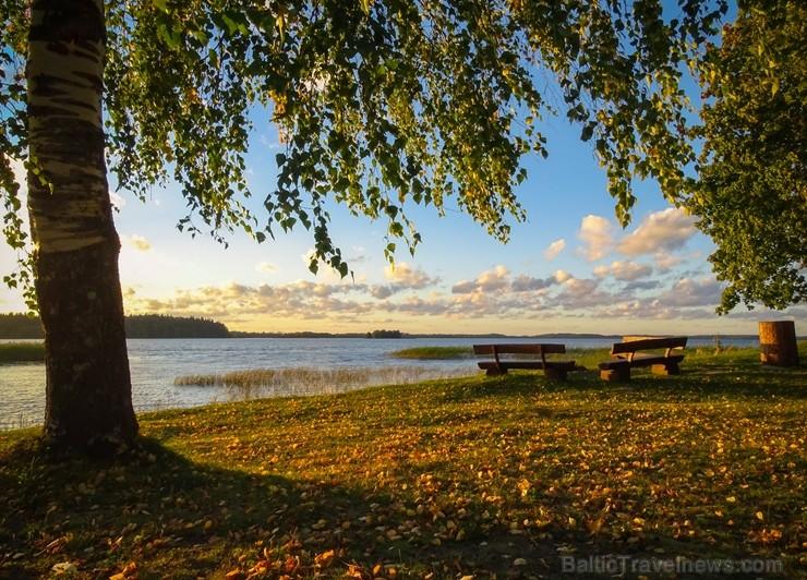 Alūksnē jau var izbaudīt Zelta rudeni. Foto: Māris Pehlaks.