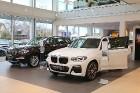 Inchcape Motors Latvia ar šokolādes konfektēm prezentē jauno krosoveru BMW X3 4
