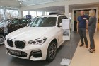 Inchcape Motors Latvia ar šokolādes konfektēm prezentē jauno krosoveru BMW X3 34