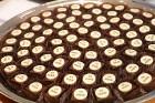 Inchcape Motors Latvia ar šokolādes konfektēm prezentē jauno krosoveru BMW X3 35