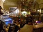Travelnews brīvdienās apmeklē Vecrīgas latviskāko pagrabu -«Folkklubu Ala» un pieveic «Brīvdienu divsprīžu karbonādi» 8
