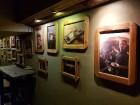 Travelnews brīvdienās apmeklē Vecrīgas latviskāko pagrabu -«Folkklubu Ala» un pieveic «Brīvdienu divsprīžu karbonādi» 15