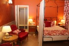 Vecrīgā atvērta jauna franču dizaina viesnīca «Relais le Chevalier» 4