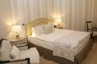 Vecrīgā atvērta jauna franču dizaina viesnīca «Relais le Chevalier» 18