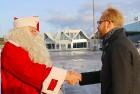 Ar somu lidsabiedsabiedrības «Finnair» lidmašīnu 5.12.2017 Rīgā ielido Ziemassvētku vecītis no Lapzemes 6